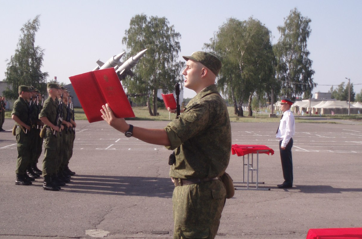 Ivan Krosnoproshin at the parade ground of the 53rd brigade on the 22nd of July 2012 [Source]
