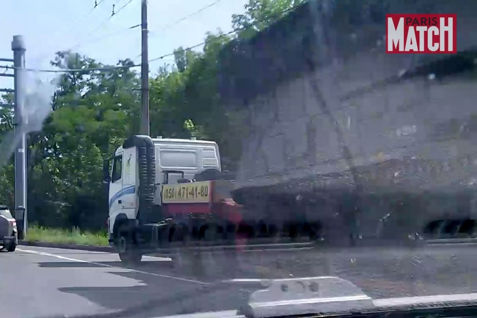 Photograph from Paris Match of the Buk missile launcher in Donetsk, Ukraine, July 17, 2014.