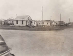 texas-city-1947corner-houses-1mileaway