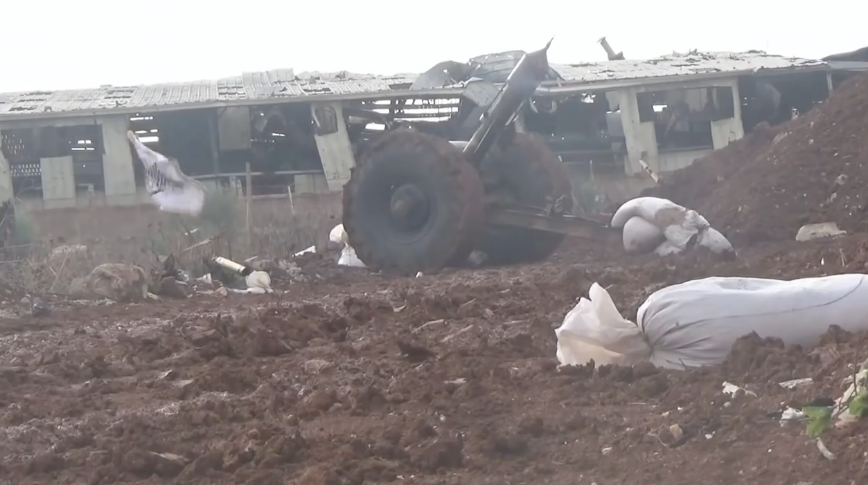 "A Jaish al-Islam ""Hell Cannon"" (note the usage of sandbags to reduce movement of the cannon during firing)"