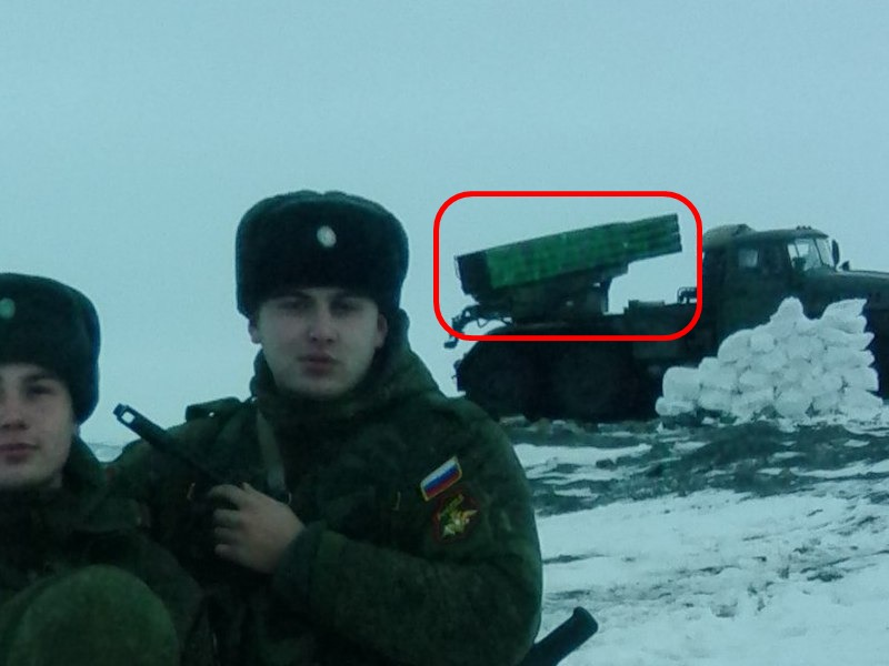 A Grad back in the Murmansk Oblast in Russia has had its missile launcher painted over, likely to hide the white paint used in the Donbass. Archive / Original
